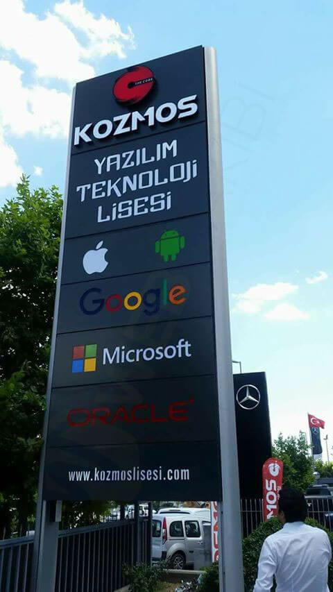 Kozmos Lisesi İstanbul Kozmos Teknoloji Yazılım Lisesi