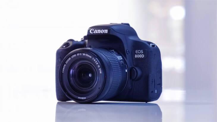 Canon EOS Rebel T7i / 800D en iyi dijital kameralar