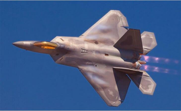 Dünyanın en pahalı askeri araçları F-22 Raptor