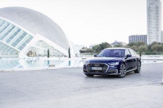 Yeni Audi A8 yollara çıkmaya hazırlanıyor