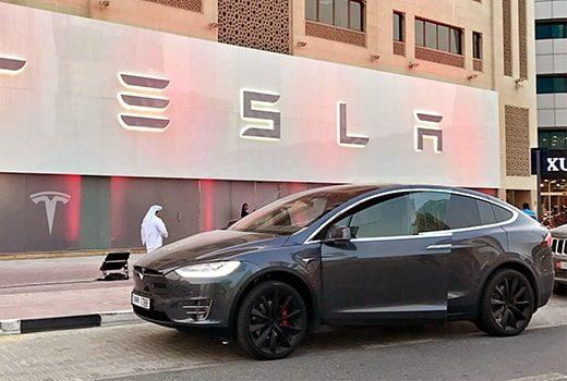 Dubai, Uber Tesla elektrikli otomobillerini bünyesine ekledi